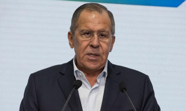 Лавров заявил о необходимости решать гуманитарные проблемы в Карабахе
