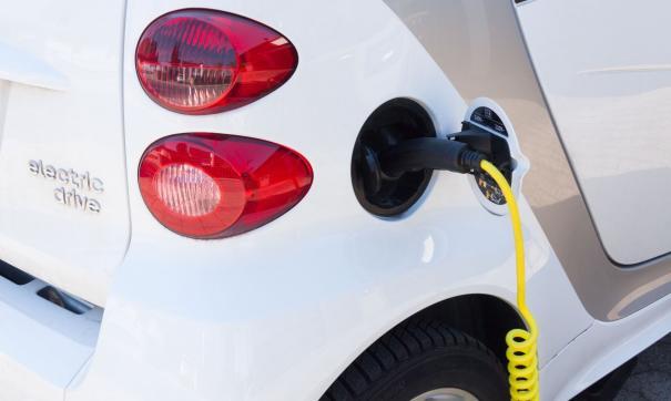 Владельцы электромобилей могут не платить транспортный налог