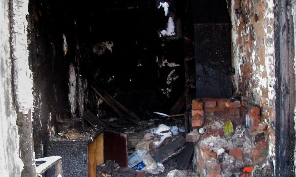 Дом многодетной семьи сгорел полностью