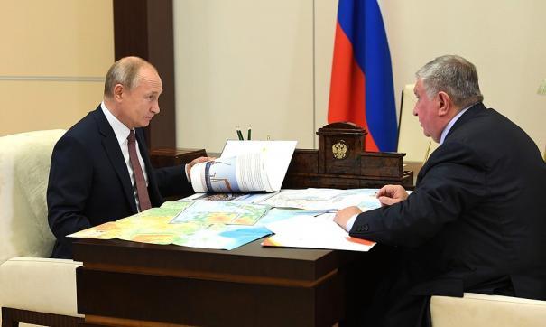 Игорь Сечин встретился с Владимиром Путиным