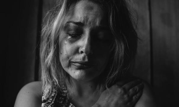 Женщины, живущие в мегаполисе, часто встречаются с насилием в семье