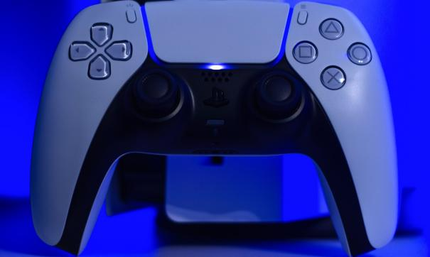 Россияне стали массово перепродавать PlayStation 5 в два раза дороже