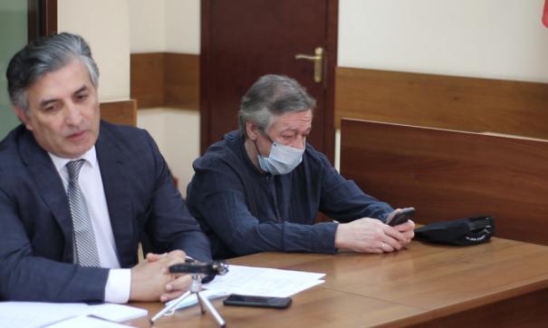 Потерпевших по делу Ефремова проверят на дачу ложных показаний