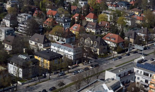 В Германии неизвестный напал на людей с холодным оружием