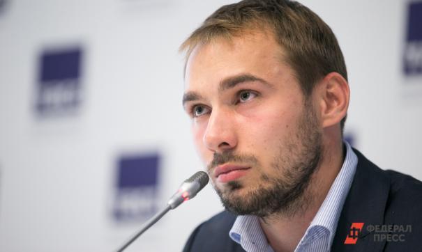 Антона Шипулина хотят оставить без биатлонного центра