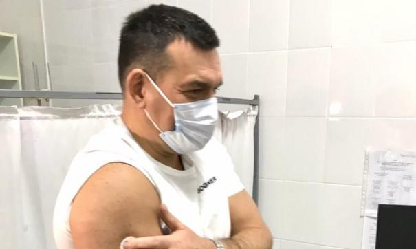 Мэр Новокузнецка поставил прививку от коронавируса