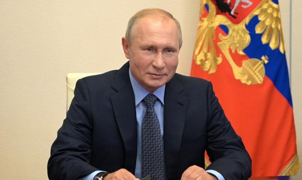 Путин поздравил россиян с Днем волонтера