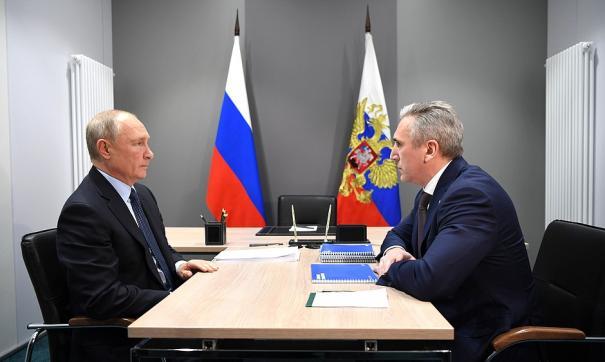 Владимир Путин и Александр Моор