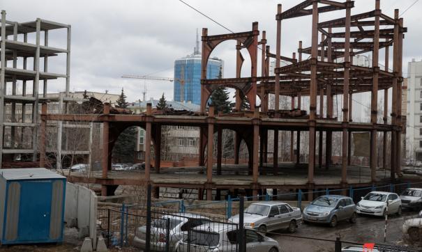 Строительство на объекте прекратили еще летом 2019 года