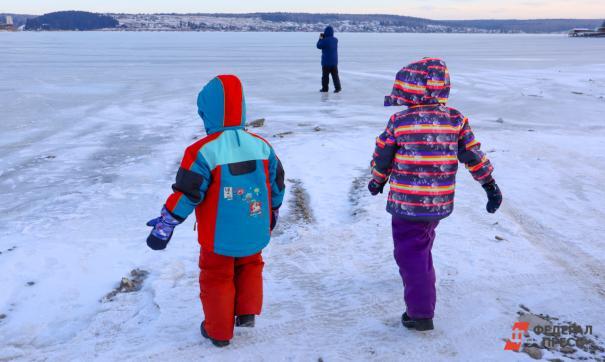 Из-за морозов екатеринбургских детей могут освободить от занятий в школах