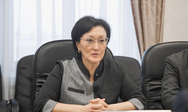 Дума Якутска приняла отставку Сарданы Авксентьевой