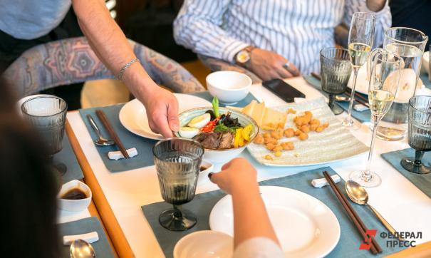В кафе и ресторанах количество посетителей увеличили до 40 % от общей загрузки