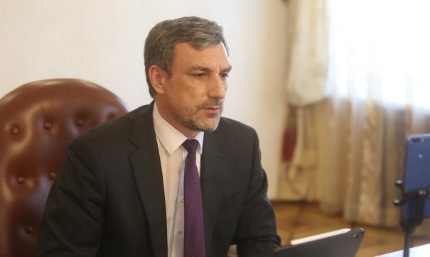 Юрист раскритиковал байки губернатора Приамурья о «фиктивном сиротстве»