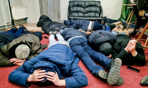 В игорном заведении следователи и полицейские обнаружили более 30 посетителей