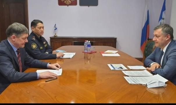 Губернатор Игорь Кобзев предложил использовать труд заключенных