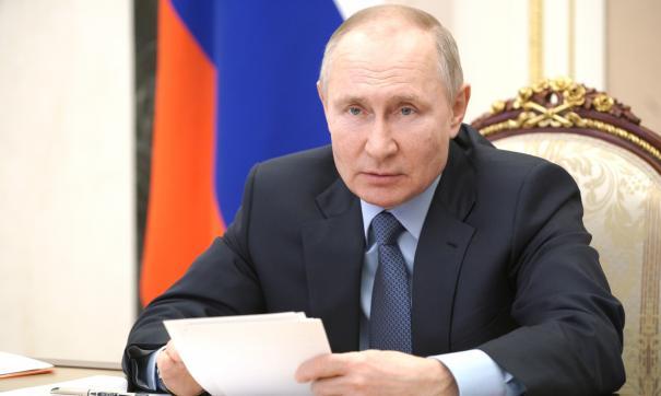 Путин поручил развить Транссиб и БАМ ради якутского угля