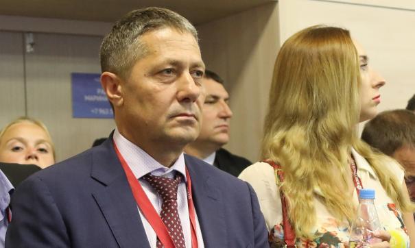 Для большинства избирателей Щербаков, несмотря на свои капиталы и политические связи, все еще «ноунейм»