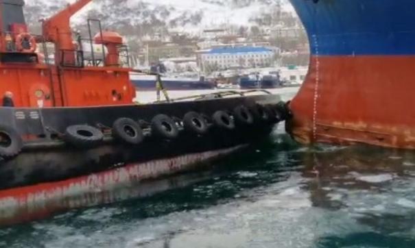 Транспортная прокуратура начала проверку после столкновения двух судов в порту Петропавловска-Камчатского