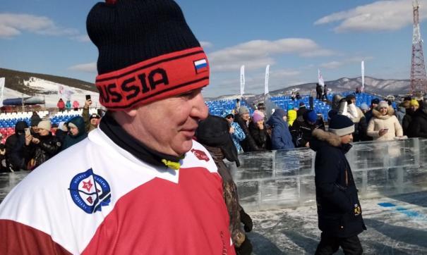 Команду ветеранов хоккея представляли Алексей Касатонов, Вячеслав Фетисов и Александр Якушев