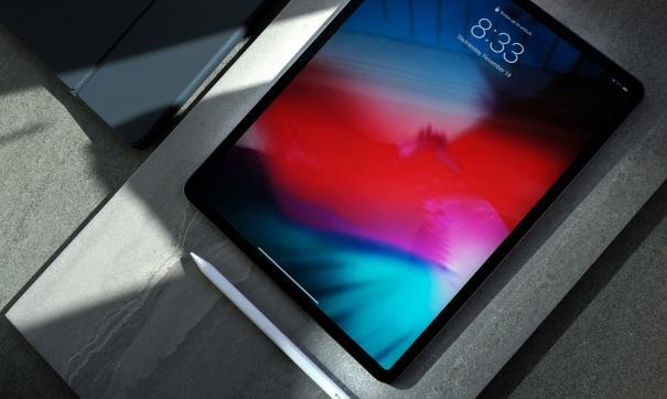 Российский бренд создал золотой планшет iPad Pro за 12 млн рублей