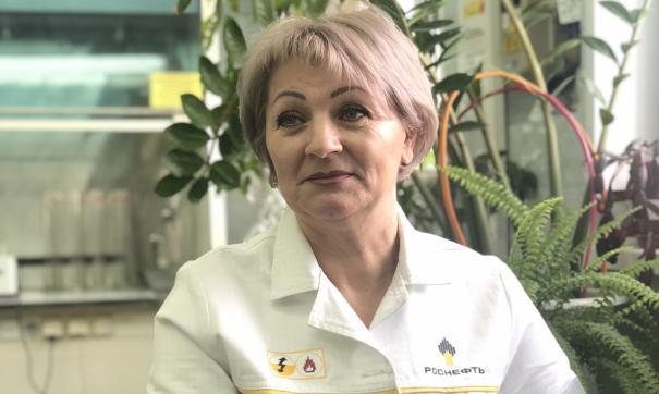 Начала карьеру на Севере Любовь Ершова с профессии каменщика, а сейчас – сотрудник лаборатории химического анализа