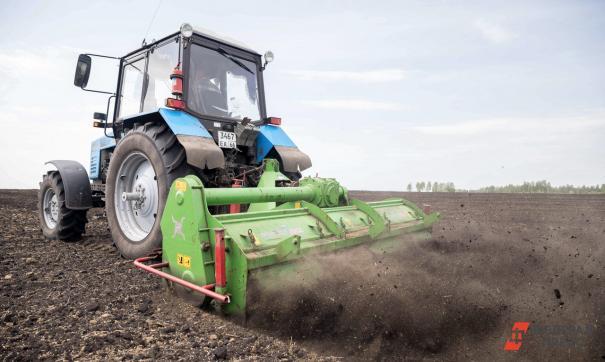 Посеять в срок поможет новая техника, но сначала нужно задержать влагу и проверить семена