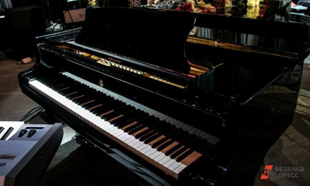 Свердловской филармонии подарят скульптуру Бетховена