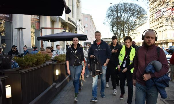 Евгений Ройзман пришел в сопровождении адвоката Юлии Федотовой