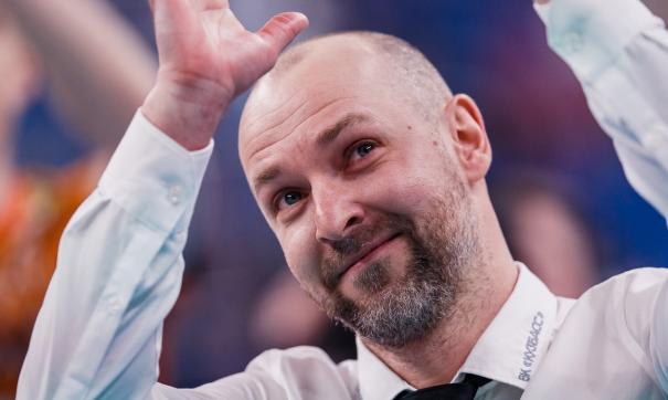 После неудачного сезона волейбольный «Кузбасс» покинут три тренера