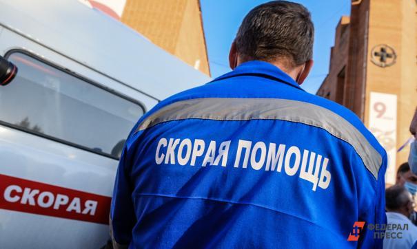 Кузбассе умершая в подъезде женщина сама отказалась от помощи врачей