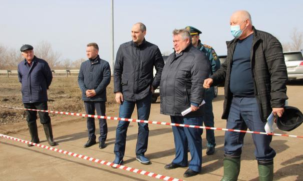 Денис Паслер лично проверил, что делают власти Новосергиевского района для урегулирования ситуации