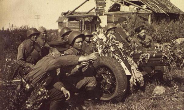 Выставка стартовала в честь приближающегося Дня Победы