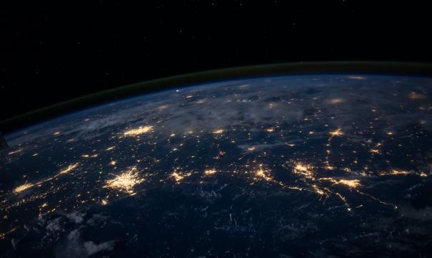 Миллиардер анонсировал начало продажи билетов в космос