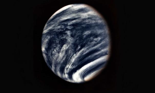 Длительность суток на Венере постоянно меняется