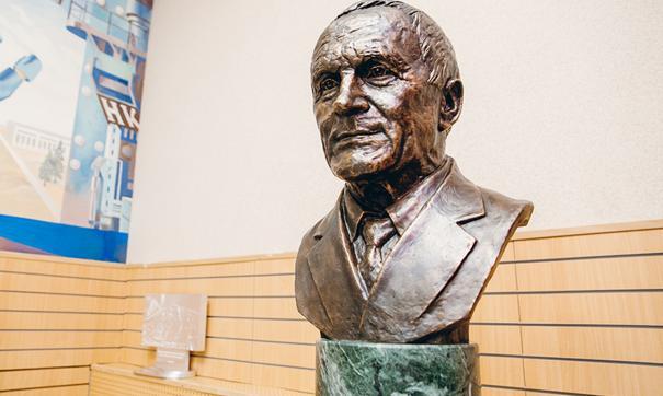 Владислав Тетюхин был известен скромным образом жизни