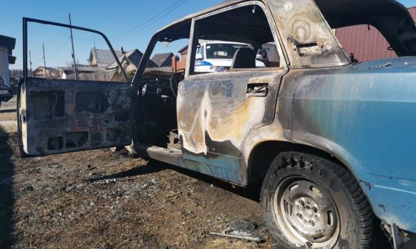 ВАЗ-2107 после инцидента выгорел целиком