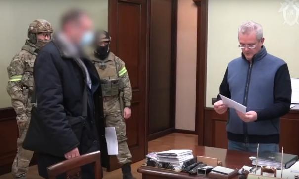 После признания в том, что он брал деньги, Иван Белозерцев вновь вернулся в «Матросскую тишину»