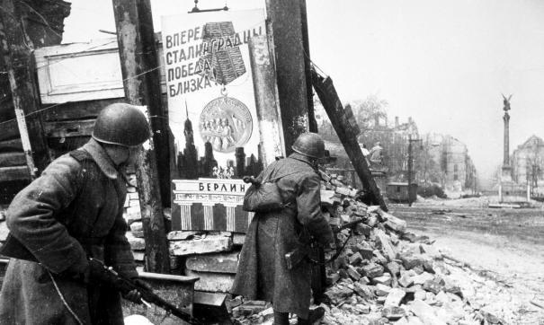 Британский телеведущий признал решающую роль Красной армии в исходе Второй мировой войны