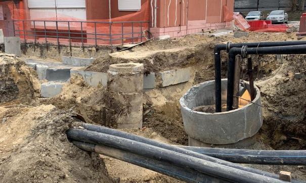 Подрядчик восстановит дорожное покрытие на месте провала коллектора в Челябинске