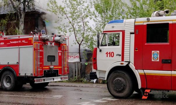 Пожар на Орловской в Екатеринбурге локализован