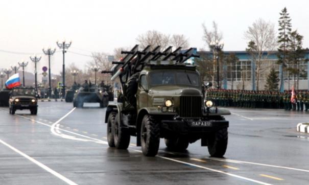 На Камчатке, Сахалине и в Приморье прошли торжественные парады