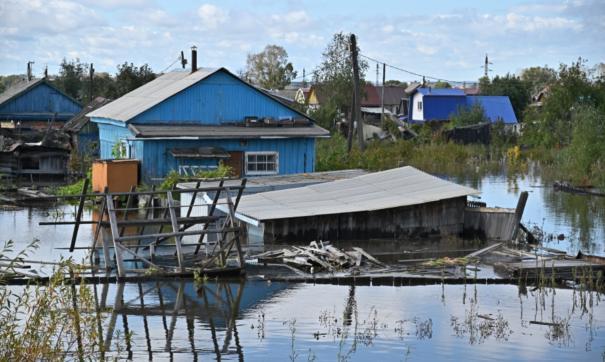 Глава Хабаровского края лично проконтролирует, как оказывают помощь жителям подтопленных сел и деревень