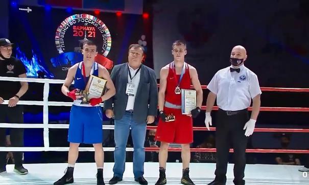 В Барнауле подвели итоги Первенства России по боксу среди юниоров 17-18 лет