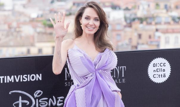 Marvel впервые представила Анджелину Джоли в фильме «Вечные»