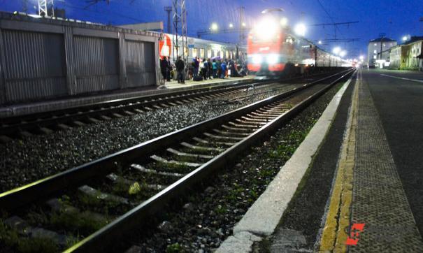 Мужчину в Челябинске смертельно травмировал пассажирский поезд