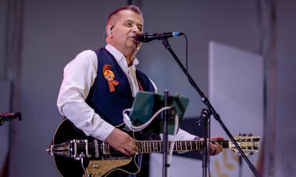 Российские звезды выступили 9 мая в Челябинске