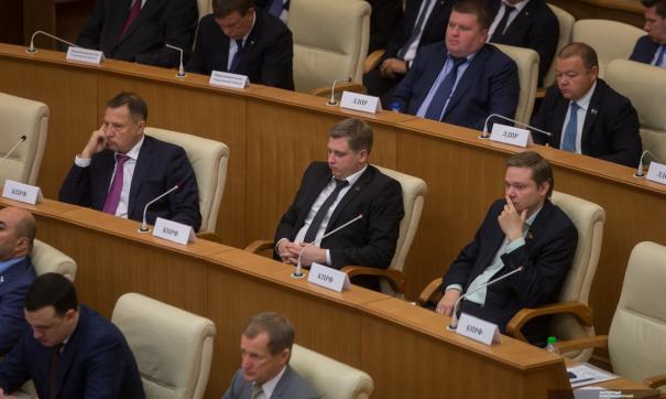 Александр Ивачев получил иск от управляющей компании