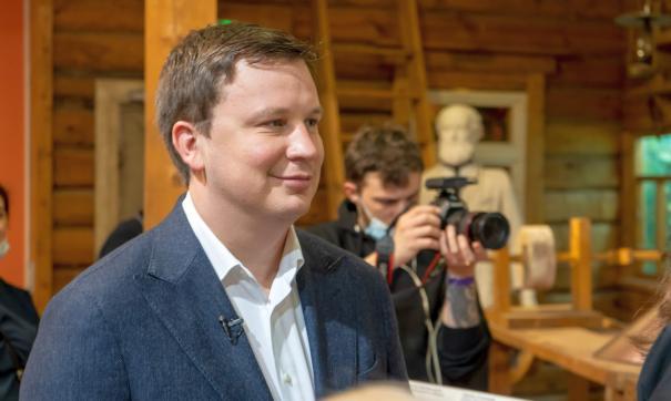 Антон Немкин провел в соцсетях конкурс для детей