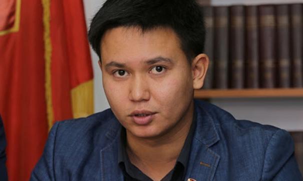Баир Цыренов  – оппозиционер со стажем