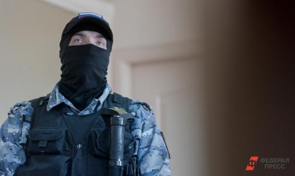 Сотрудники ФСБ задержали директора Сахалинского института железнодорожного транспорта